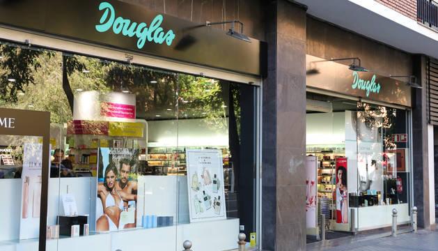 Foto de una tienda de Douglas.