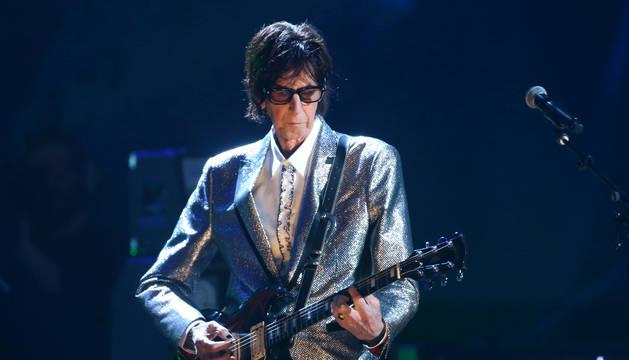 Foto de Ric Ocasek, durante un concierto.