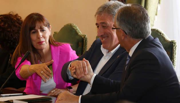 Esporrín (PSN), Asiron (Bildu) y Maya (NA+), el pasado 15 de junio, día de la constitución del Ayuntamiento de Pamplona.