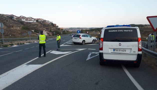 Dos heridos en un choque entre dos turismos en las proximidades de Cárcar