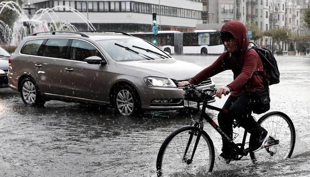 Fotos de las tormentas en Pamplona y Comarca