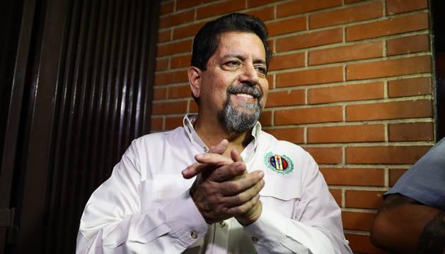 El primer vicepresidente de la Asamblea Nacional de Venezuela, Édgar Zambrano, tras su liberación.
