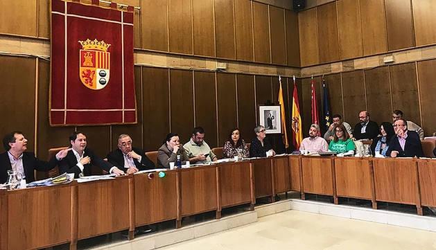 Imagen de un pleno anterior en la localidad madrileña de Torrejón de Ardoz.