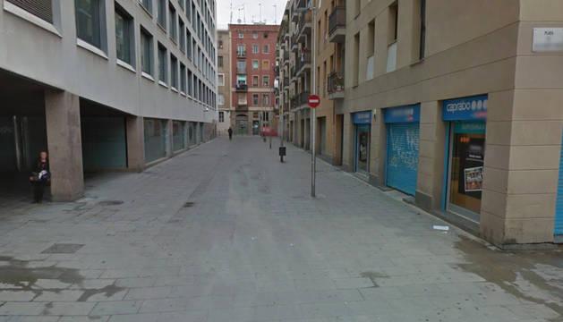 Un hombre apuñala a otro que le riñó por orinar en la calle en Barcelona