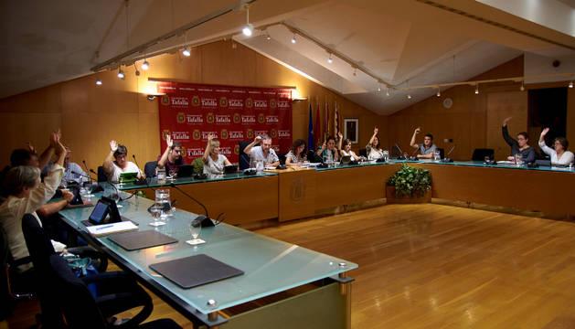 Los concejales de Tafalla durante una de las votaciones.