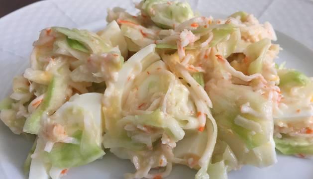 Una idea perfecta para aprovechar todo el brócoli, el tallo crudo y delicioso.