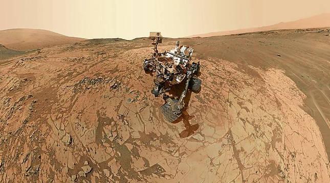Autorretrato del rover Curiosity en Marte en 2015.