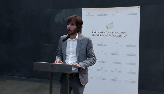 Foto de Mikel Buil, portavoz de Podemos en el Parlamento de Navarra, este jueves.