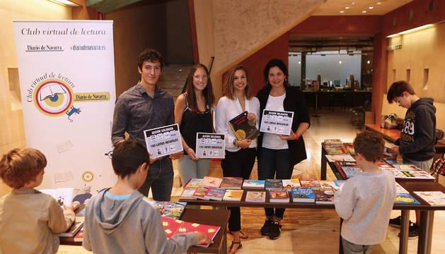 Foto de Eduardo Alonso (Cruz Roja), Andrea Itarte (ANAIF), Dalila Neri (Livros) y Begoña Cantero (Bisila), ayer.