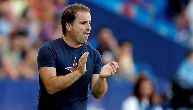El entrenador de Osasuna, Jagoba Arrasate, en el Ciutat de Valencia.