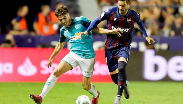 Nacho Vidal y Campaña, en el partido disputado este domingo en el Ciutat de Valencia.