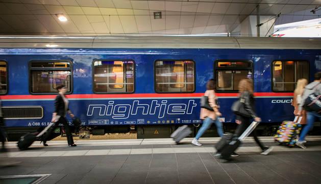 Imagen facilitada por ÖBB, la empresa estatal de ferrocarriles austríacos, del ferrocarril nocturno.