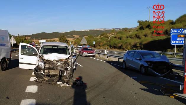 Algunos de los 7 vehículos implicados en el accidente.