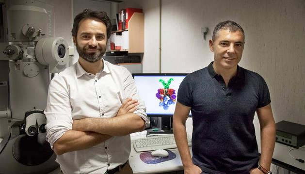 Óscar Llorca, a la derecha, junto a Ángel Rivera-Calzada.