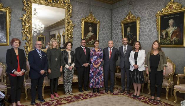 El Gobierno foral y la Obra Social de 'la Caixa' renuevan su acuerdo de colaboración