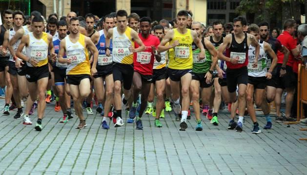 Estella acogió este sábado, 12 de octubre, las citas de las dos distancias en las modalidades individuales y por grupos.