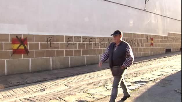 Aparecen pintadas contra la Guardia Civil en un colegio de Bera