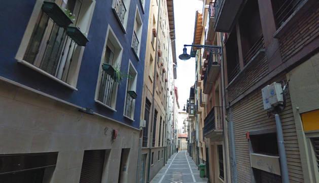 foto de Calle Lindachiquia de Pamplona en la que se han producido los desalojos