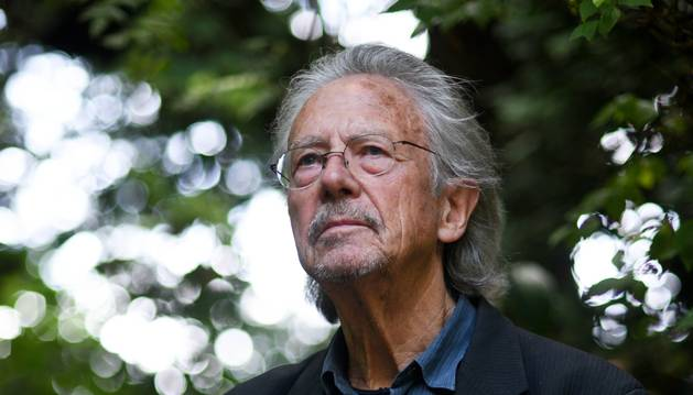 Peter Handke, un Nobel de Literatura ferviente seguidor del CD Numancia