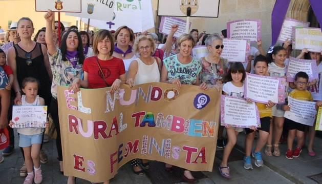 Fotografía de algunas voluntarias participantes en el cortometraje de Rural es feminista.