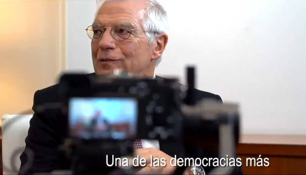 Frame del vídeo difundido por el Gobierno de España en funciones para defender la fortaleza de la democracia española.