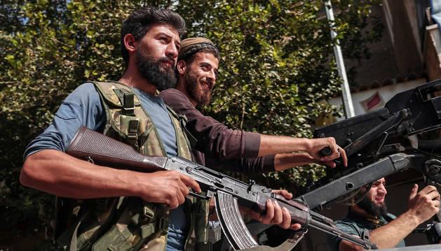 Foto de una ofensiva contra las fuerzas kurdas en el noreste de Siria.