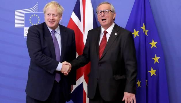 La UE mira a Westminster tras respaldar el nuevo acuerdo del 'brexit'
