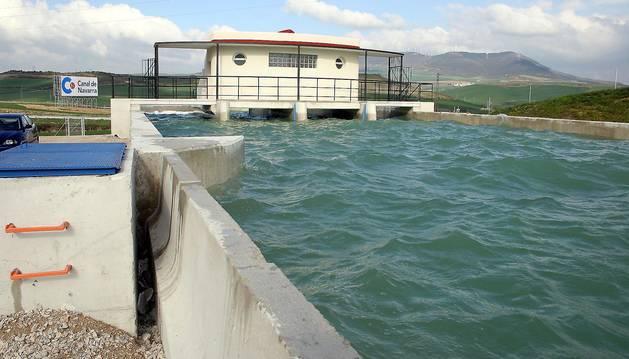 El agua para las localidades irá de Tiebas (en la foto) a Mairaga.
