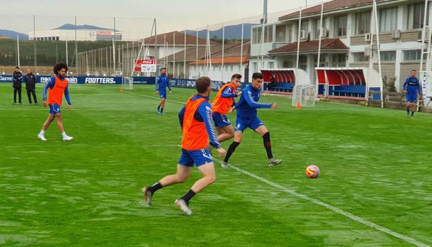 Foto de Luis Perea durante el entrenamiento de este martes.