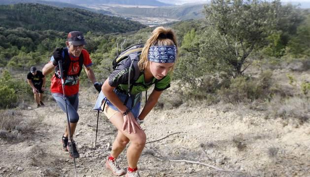 El catalán Eduard Hernández y la navarra Elisa González, primeros vencedores en el nuevo Leyre Vertical, con 3,9 kilómetros de recorrido con salida en Yesa y meta en el monte Arangoiti (1.356m).