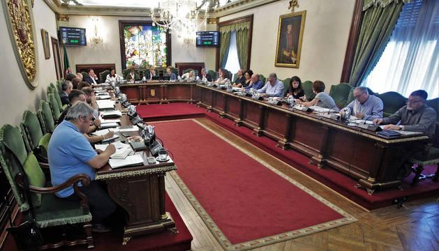 foto de Pleno del Ayuntamiento de Pamplona