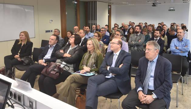foto de Participantes en la presentación de ANAIT, Asociación Navarra de Empresas de Ingeniería, Oficinas Técnicas y Servicios Tecnológicos