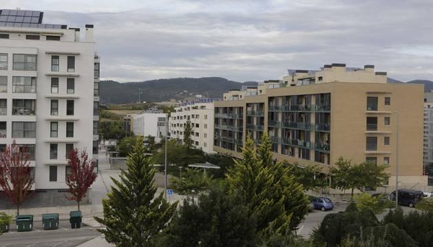 Bloques de edificios en Sarriguren donde todas las viviendas, salvo las promociones de unifamiliares, son protegidas.