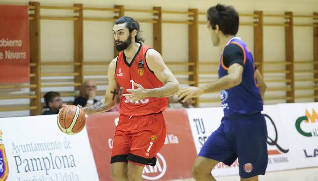 El jugador José Alberto Jiménez abandona la disciplina de Basket Navarra