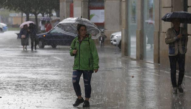 El domingo se espera más lluvia que el sábado.