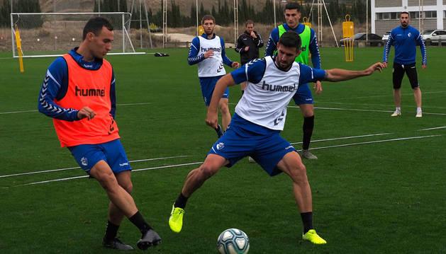 foto de Unai García, en un entrenamiento reciente junto a Raúl Navas.
