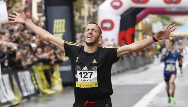 Foto del atleta marroquí Chakib Lachgar, afincado en Gipuzkoa, que ha dado este domingo la gran sorpresa en la Behobia-San Sebastián.