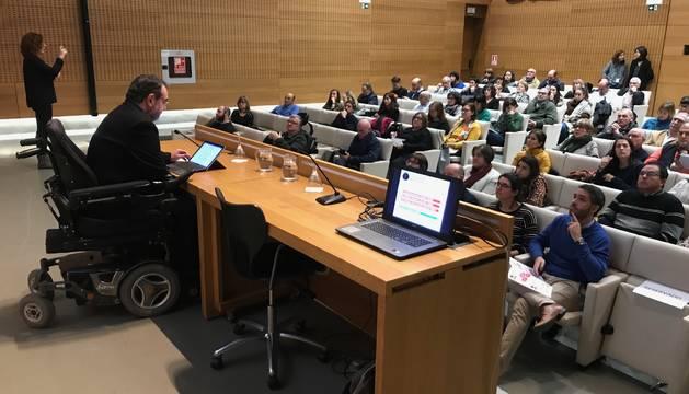 Presentación de la convocatoria de ayudas a proyectos de Fundación Caja Navarra.