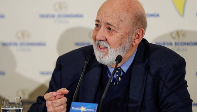 Foto del presidente del Centro de Investigaciones Sociológicas (CIS), José Félix Tezanos, en un desayuno informativo en Madrid.
