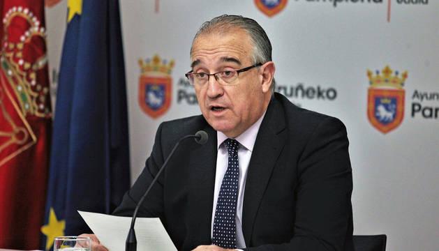Foto del alcalde de Pamplona, Enrique Maya, este lunes.