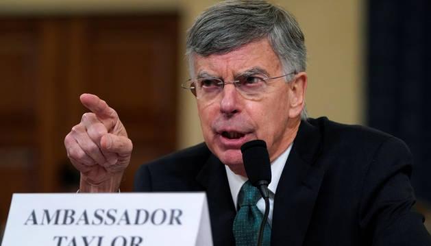 El diplomático Bill Taylor, en laaudienciapública de la investigación de la Cámara Baja de EE.UU.