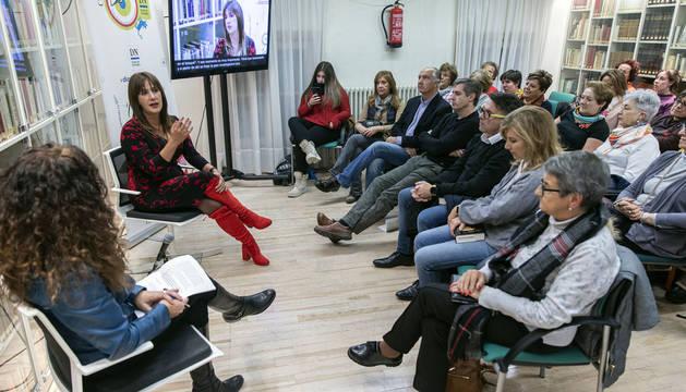 Dolores Redondo, este viernes en el Club de Lectura de Diario de Navarra.
