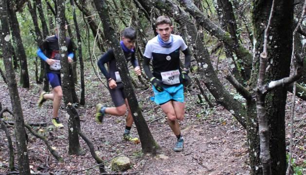 Álvaro Ramos y Cristina Santamaría estrenaron el podio y Alba Azcona y Alberto Azparren ganaron en los 7 km