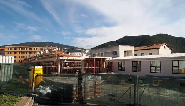 La ampliación del centro de salud de Aoiz se ejecuta en la parcela posterior de las instalaciones de 1990.