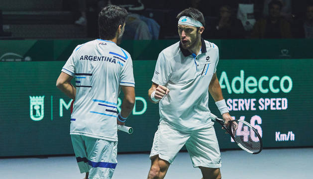 Maximo Gonzalez y Leonardo Mayer, doble argentino, durante el encuentro contra Alemania.