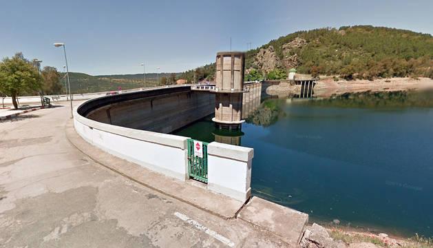 Presa del pantano de Cíjara (Badajoz).