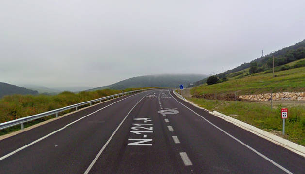 Punto kilométrico 14 de la N-121-A, a la altura de la localidad de Ostiz.