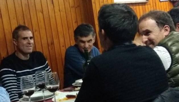 La cena de Arrasate, Gaizka Garitano, Asier Garitano y Mendilibar que se hace viral