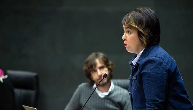Foto de Ainhoa Aznárez, de Podemos, en un pleno del Parlamento de Navarra anterior.