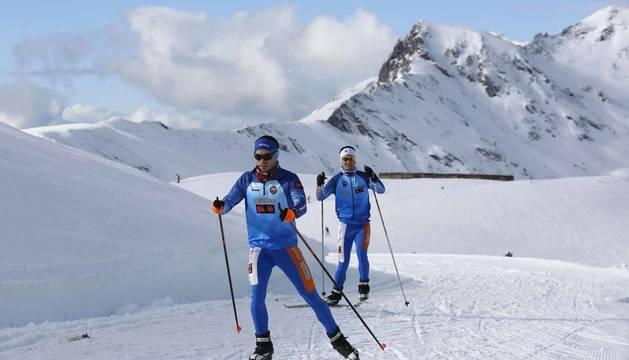 Fotos del inicio de la temporada de esquí en la estación de Larra-Belagua